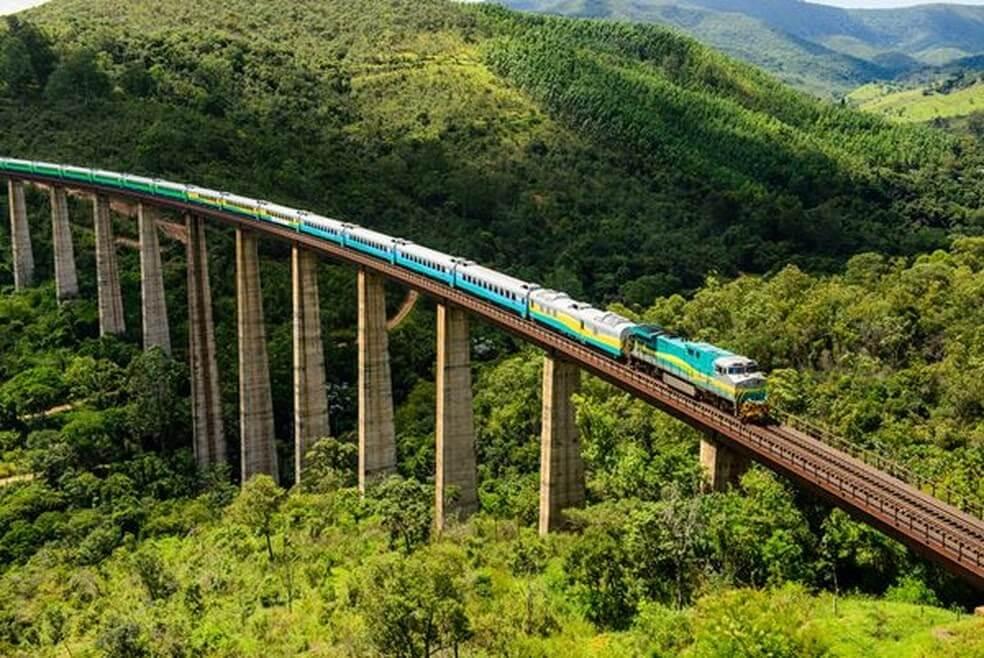 Ferrocarril Vitória-Minas