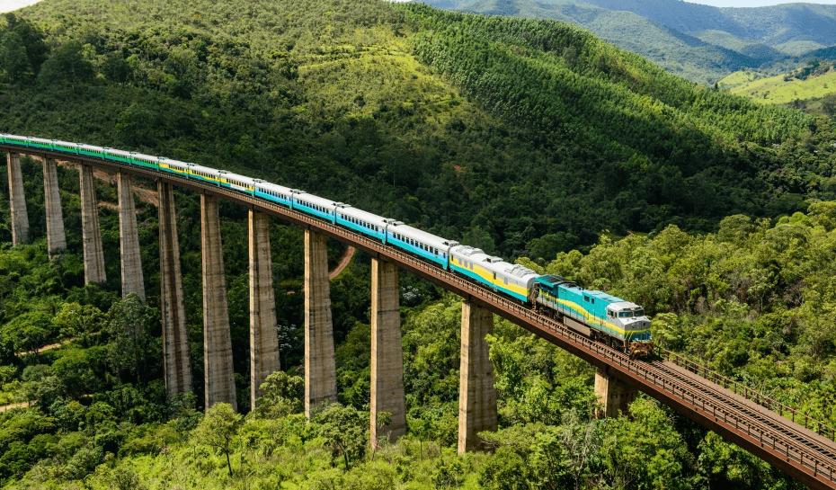 Estrada do Carajás:Ferrovia e Mineração de ferro no Brasil