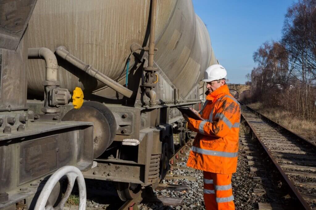 medidas de seguraça no transporte ferroviário - engenheiro ferroviário